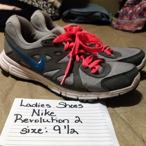 Nike ladies shoes